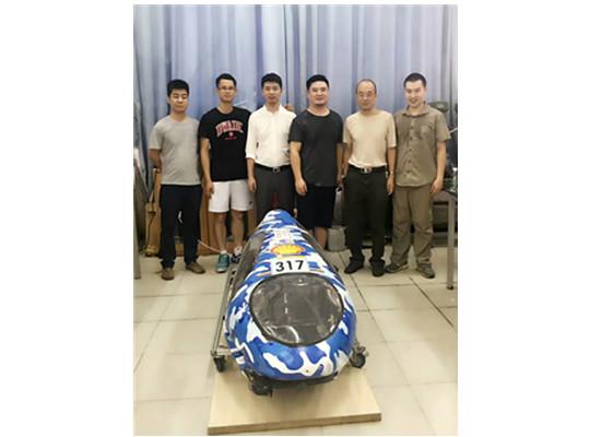 与华南理工大学合作制作电动车