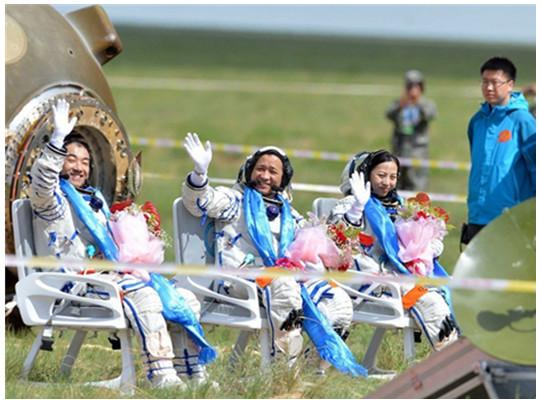 神州十号航天员护送椅的制作