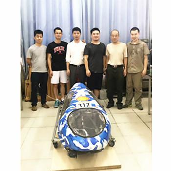 与华南理工大学合作开发新能源节能车